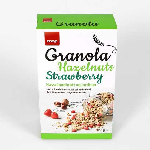 coop-granola_hazelnuts_strawberry